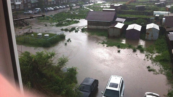 «Срывало крыши домов»: популярный среди красноярцев посёлок Шира сильно пострадал от урагана