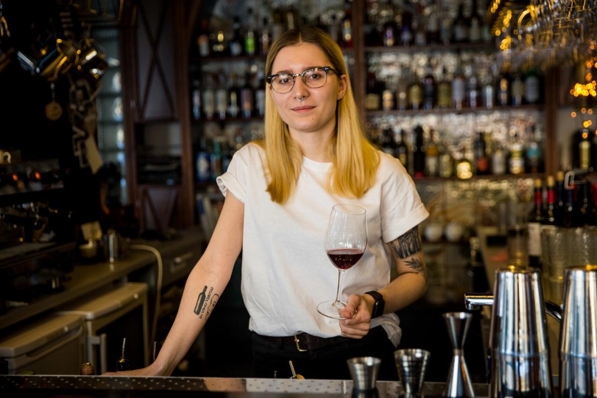 Инга Швабенланд осенью ездила на виноградник в Италии, чтобы самой увидеть производство напитков, о которых раньше только читала