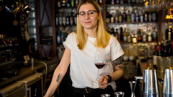 «Мы не прислуга»: четыре бармена — о жизни на работе, хамстве и вкусах новосибирцев
