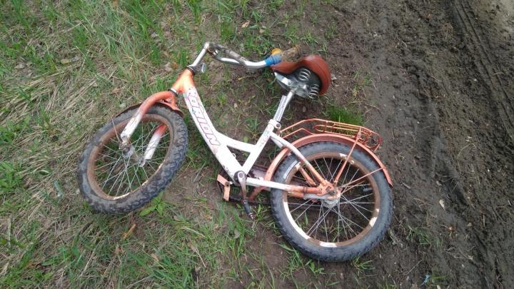 В Зауралье УАЗ сбил девочку-велосипедистку