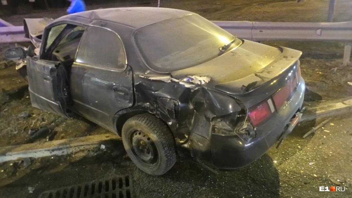«Машина искорёжена, страшное зрелище»: на Объездной Nissan столкнулся с Toyota, пострадали трое