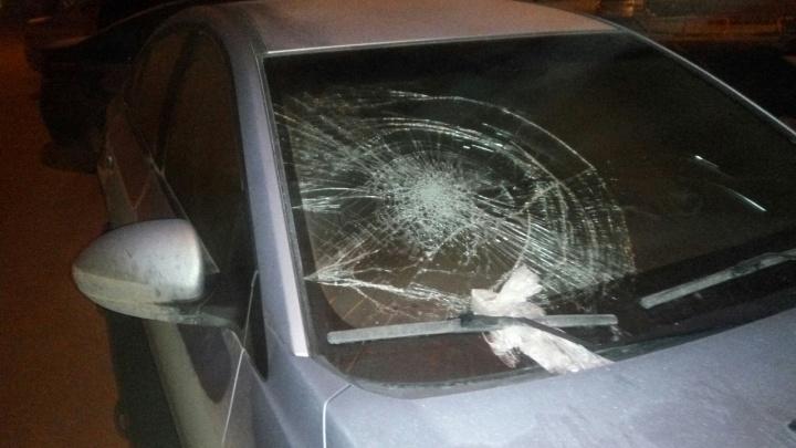 «Мстители не дремлют»: на Ястынской изуродовали машину любителя странной парковки