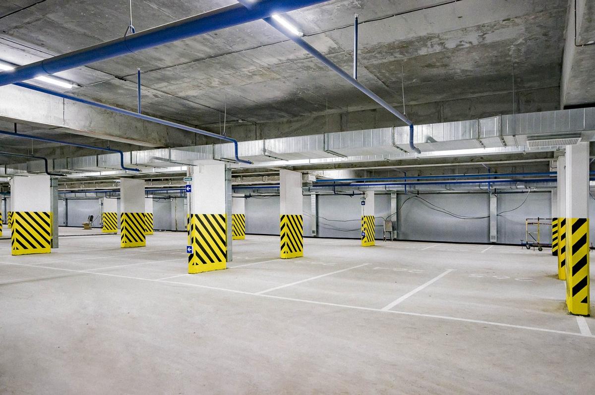 Кстати, в нём предусмотрено больше парковочных мест, чем квартир в доме