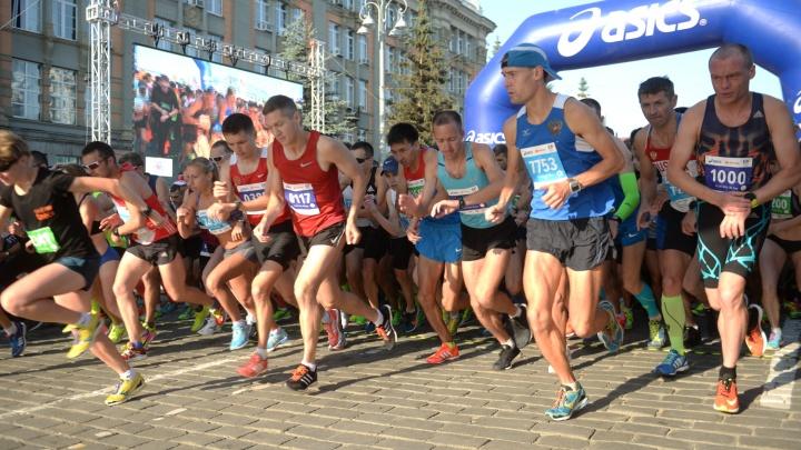 Как объезжать перекрытия и где болеть за бегунов: всё, что нужно знать о марафоне «Европа — Азия»