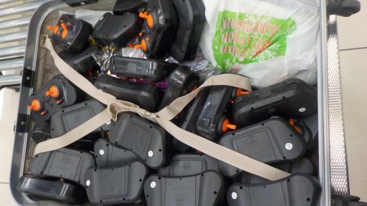 Это залёт: челябинок задержали в аэропорту с полусотней пультов от квадрокоптеров