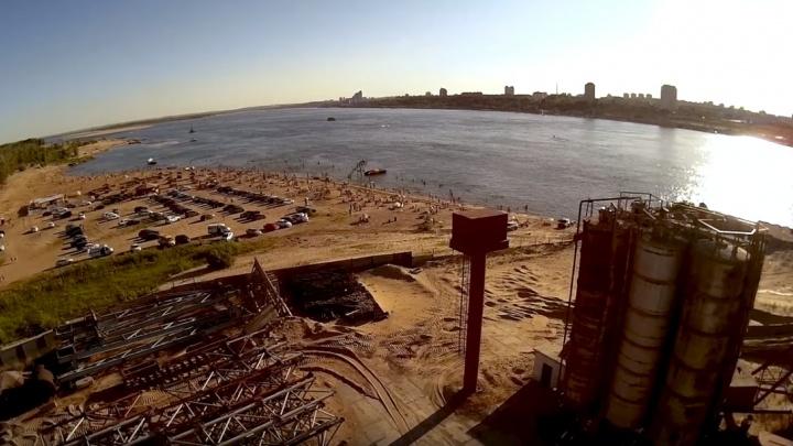 Где наш 2015-й?: смотрим на зеленый Волгоград со снесенным стадионом и еще не построенным храмом