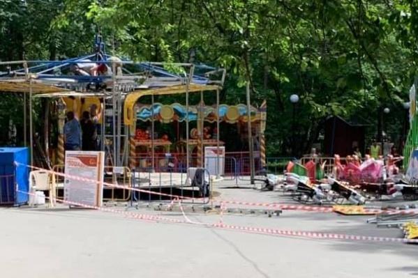В День города на этой карусели смогут прокатиться дети и взрослые, которые придут отмечать праздник на площадь Ленина