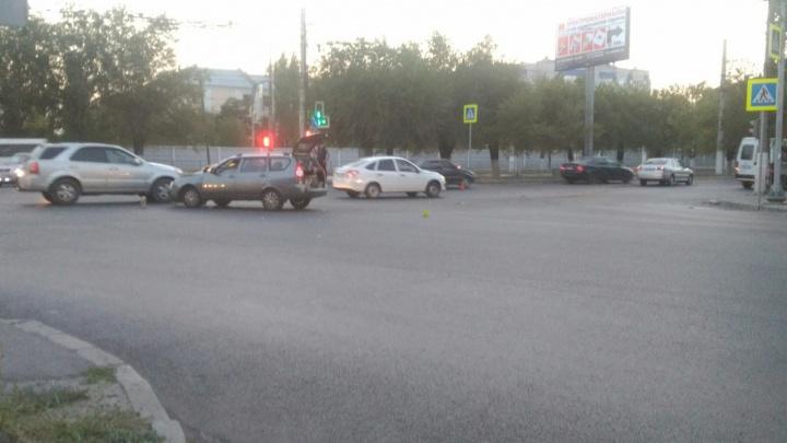 На злополучном перекрестке в Волгограде произошло очередное ДТП с пострадавшими