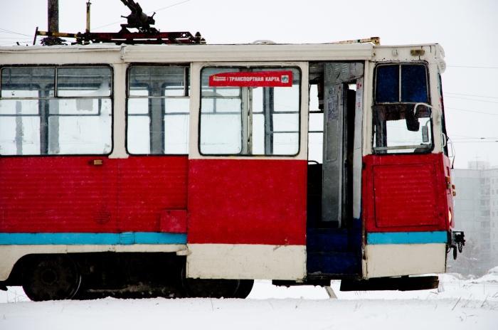 Трамвай  № 13  увековечат во льду