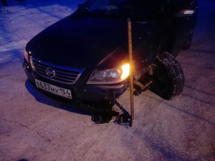 Из-за аварии у «Лифана» оказалось вывернуто колесо