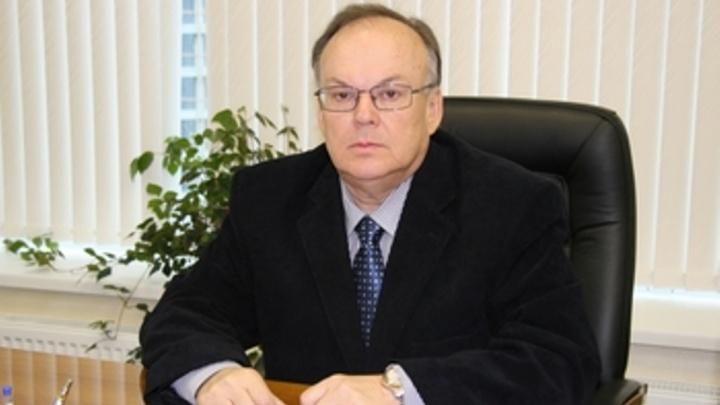 Главу структуры Роскомнадзора по УрФО заподозрили в «сливе» данных абонентов сотовой связи