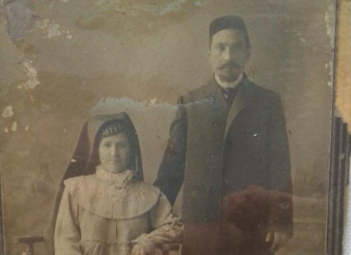 Купец Хамза Аппасович Иноятов и супруга Сахида. Фото начала XX века