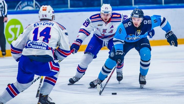 Хоккейная «Сибирь» подписала новый контракт со своим лучшим бомбардиром