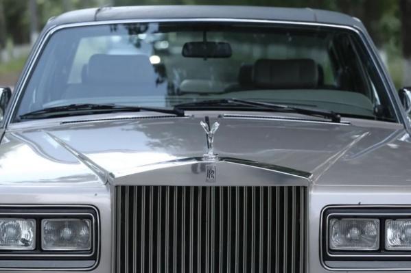 Это не шутка: за 1,5 миллиона рублей на Урале можно купить даже Rolls-Royce