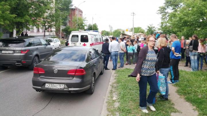 Ребенок попал под колеса автомобиля на Портовой