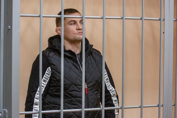 Максим Зыбарев получил реальный срок за драку с охранником, которого потом застрелил его брат