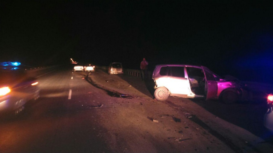 В ужасной трагедии на60 лет Октября разбились 5 машин