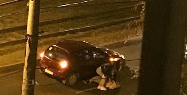 «Кинули на обочину, дали сто рублей и уехали»: на улице XXII Партсъезда сбили мужчину
