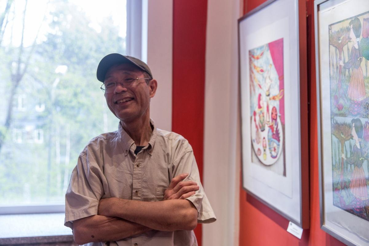 Свою первую персональную выставку в России Юдзи Хирацука открыл в Новосибирске