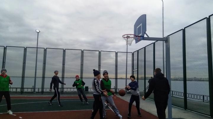 Возле Первого озера для челябинцев сделали новые спортплощадки