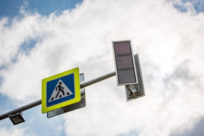 Восстановить работу светофоров ремонтники обещают уже к обеду