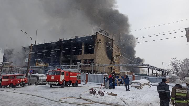 Пожар на химзаводе в Уфе: рассказываем, как это было