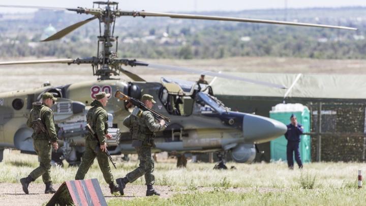 На полигоне в Волгоградской области покажут грозное оружие российской армии и высший пилотаж в небе