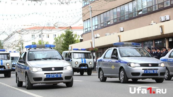 «Решил прокатиться»: в Башкирии мужчина врезался в забор на угнанной машине