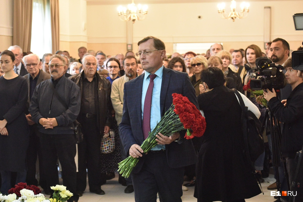 Замгубернатора Павел Креков