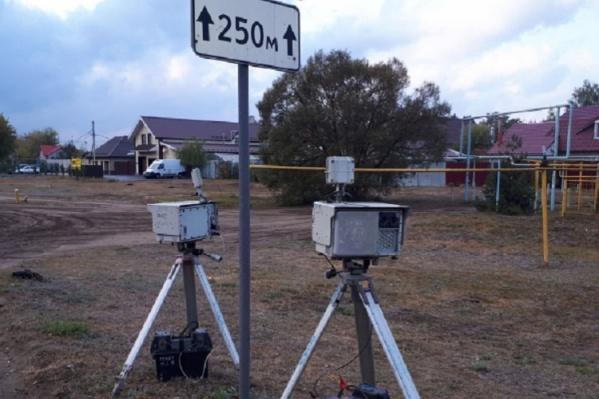 Камеры должны ставить в трех метрах от края дороги