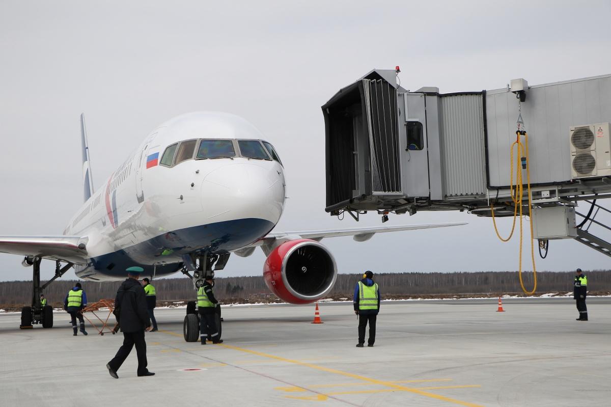 Рейс в Москву из Нижнего Новгорода переносили пять раз, после чего «Суперджет» всё-таки улетел