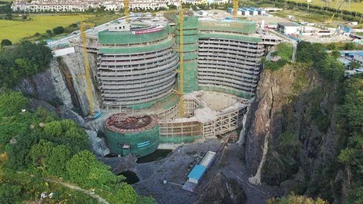 Сибайский карьер предложили превратить в Ниагару с отелем