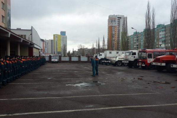 Построение состава и техники, которые отправились в Ижевск