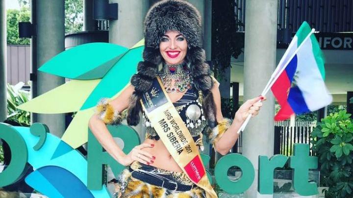 Красноярская телеведущая получила корону вице-мисс и титул лучшей на конкурсе «Миссис Мира»