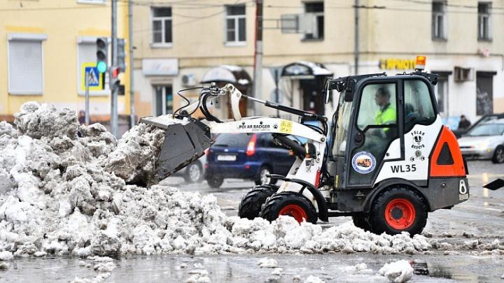 Мэрия Ярославля рассказала, как быстро должны убирать город после снегопада