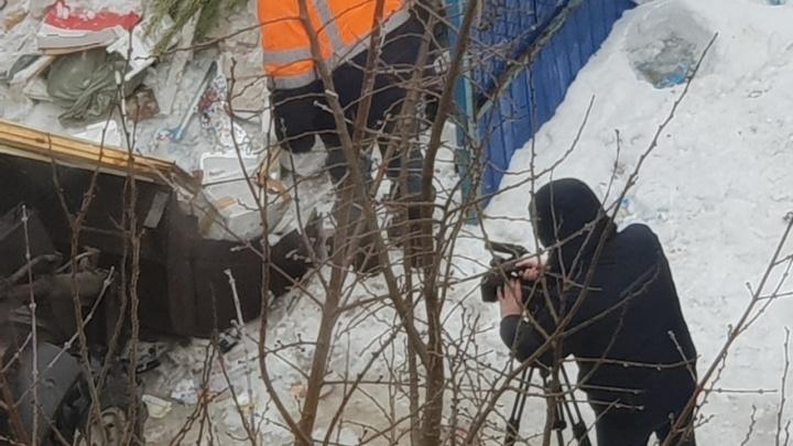 «Обещали приехать вчера, а приехали сегодня»: в Волгограде новый оператор убрал мусор «для своих»