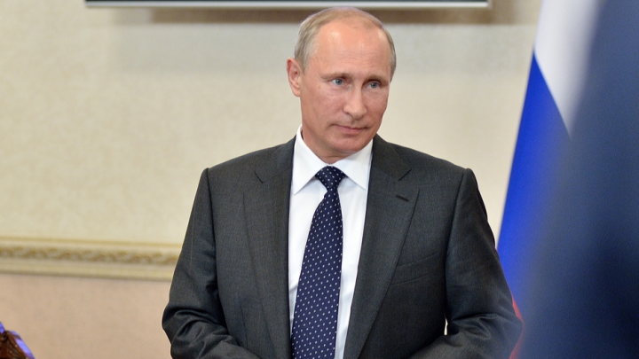 Из-за Нёноксы? Путин наградил орденами и медалями 11 архангельских медиков за спасение погибавших