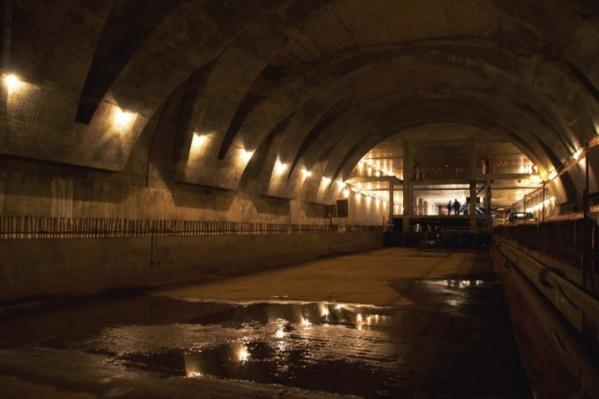 Под землей есть тоннели и станции, за состоянием которых нужен постоянный контроль