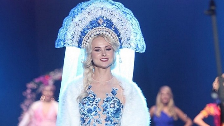 Эффектная блондинка из Красноярска завоевала корону конкурса «Мировая королева красоты»