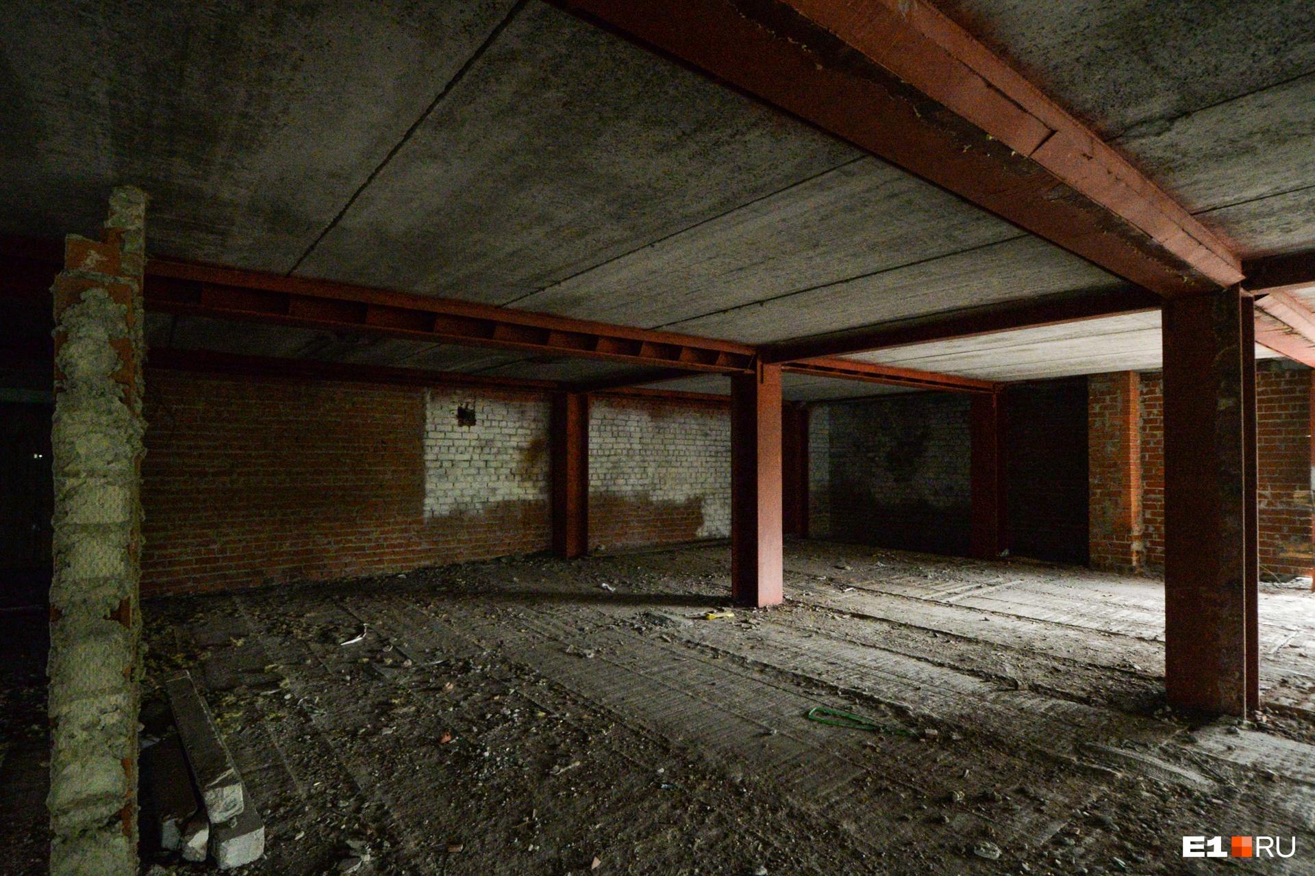 А в целом этаж выглядит вот так