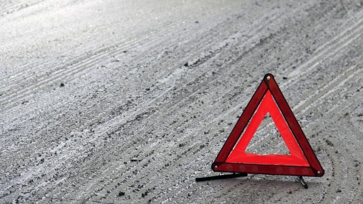 Водителю автобуса запретили покидать Краснообск из-за перелома позвоночника у пассажирки