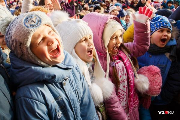 Пока родители будут отрабатывать выходной, дети шестой день на неделе пойдут в школы и детсады