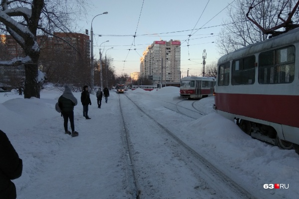 Горожанам пришлось подождать трамваи