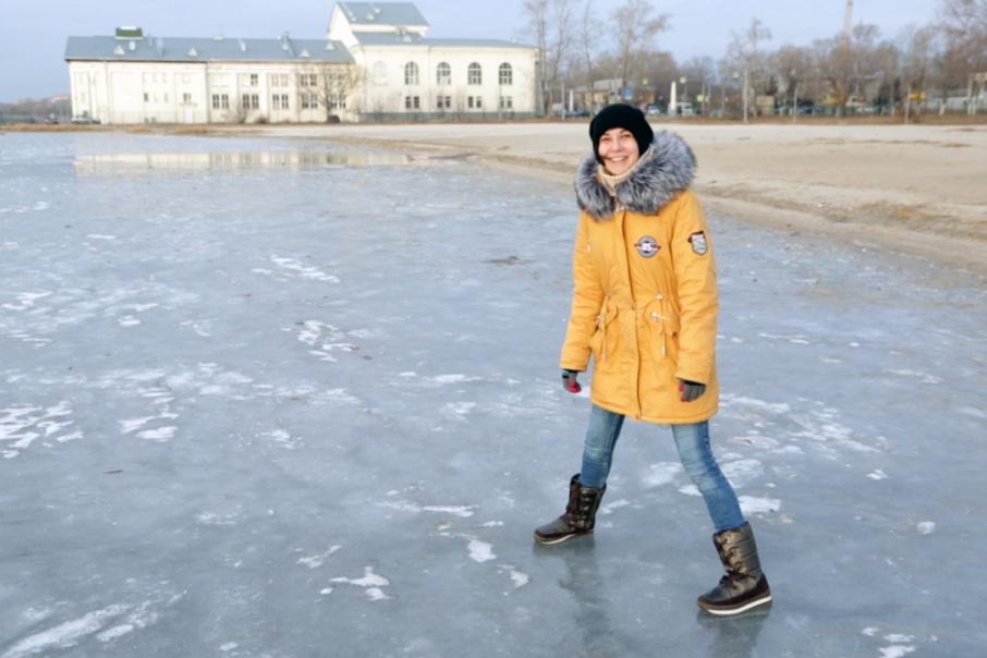 Журналист 74.ru проверила на себе пять лайфхаков против гололёда