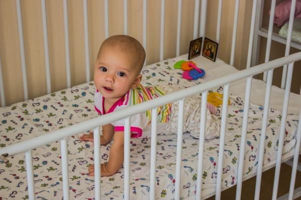 Маленькая Даша полжизни провела в больнице, но сейчас её наконец выписывают
