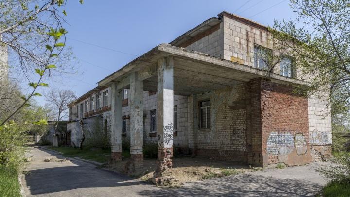 В Волгограде детскую поликлинику разместят в заброшенном здании