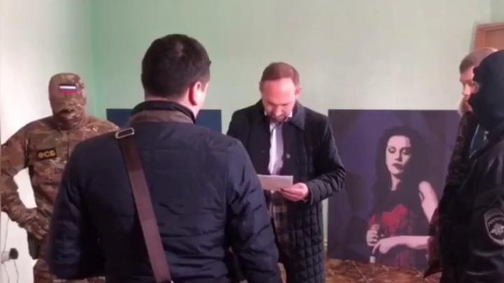 Фейерверк взамен на 630 тысяч рублей: директора дворца культуры Нарьян-Мара подозревают в коррупции