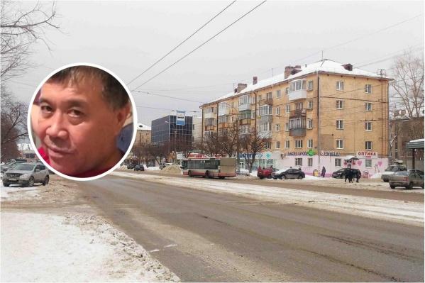 Мужчина пропал в районе площади Дружба