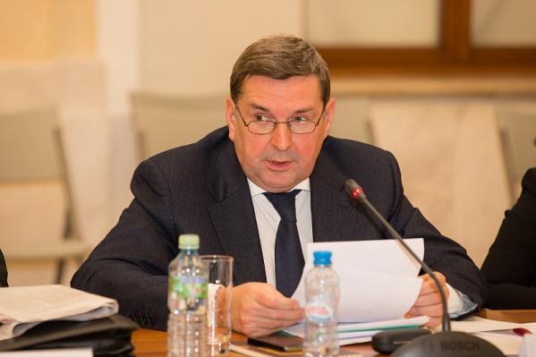 Николай Малаков родился в Приморском районе и окончил АЛТИ имени Куйбышева