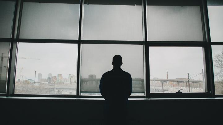 «Трудимся без права на обед, отдых и сон»: фельдшер скорой — без купюр о закулисье тяжёлой работы